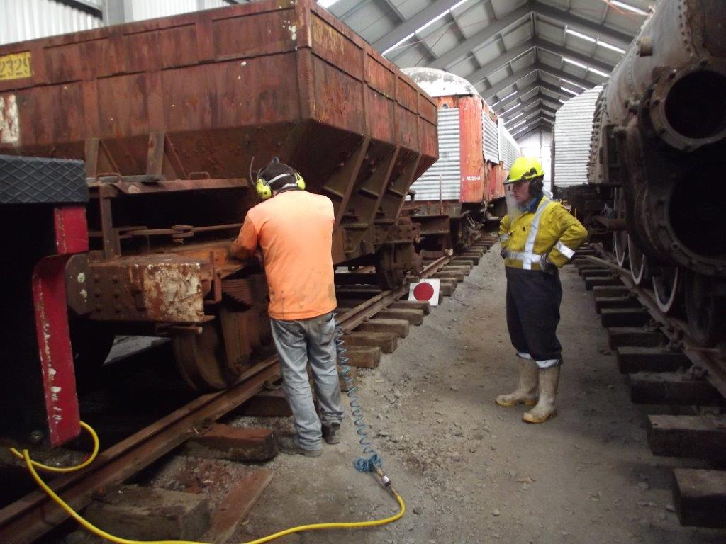 Ben preparing ballast wagon Yc 825