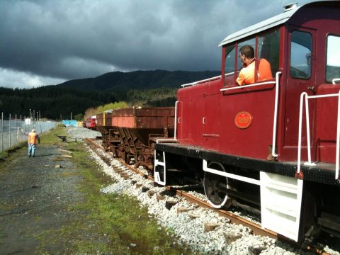 Tr 189 shunts two ballast wagons down the new loop track,26 September 2015