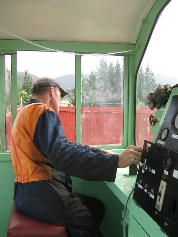 Driving cab of Tr189.